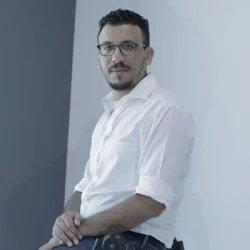 Michael M Naguib